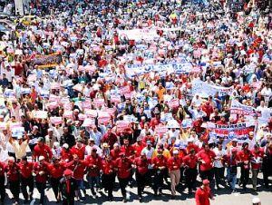 Penafian kebangkitan rakyat menjadikan UMNO  dan BN gelabah sehingga rumah tangga PR di gangu gugat